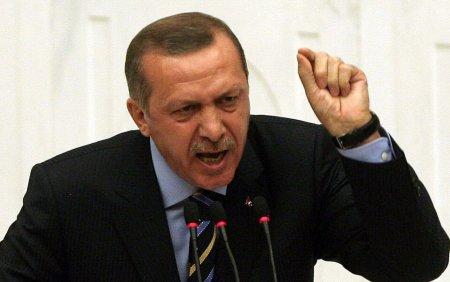 Erdogan refuza orice acord de securizare a aeroportului de la Kabul, daca din Guvernul taliban nu fac parte femei