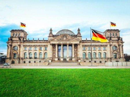 SPD revendica victoria si formarea viitorului Guvern german