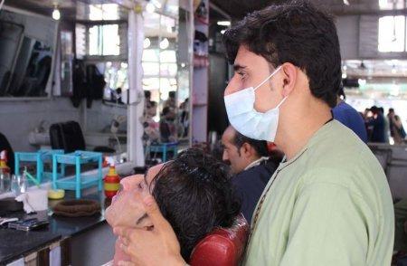 Talibanii le-au interzis frizerilor din Afganistan sa mai rada sau sa tunda barba