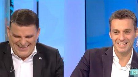 Mircea Badea, 17 ani la Antena 3. Moment epocal la <span style='background:#EDF514'>IN GURA PRESEI</span>: Nu mananc sanatos. Eu mananc tabla zincata, la propriu