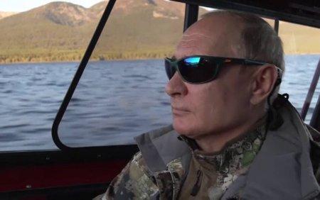 Putin s-a relaxat in taigaua siberiana. Presedintele rus a stat 4 zile in cort cu semineu: