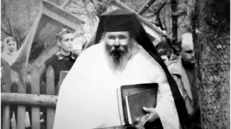 A murit parintele Simeon Gana, fost staret al manastirii P<span style='background:#EDF514'>ESTERA</span> Sf. Andrei