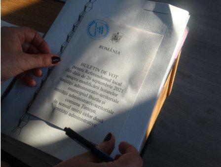 Referendumul pentru alipirea comunei Țintesti la Buzau a esuat: Prezenta de doar 10%