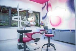 Laborator medical de avangarda, amenajat si echipat complet de grupul DENT ESTET in cadrul Facultatii de Medicina Dentara din Targu Mures