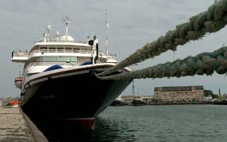 Prima nava cu turisti care ajunge in Constanta, dupa o pauza de 2 ani. Cum au reactionat americanii cand au auzit fanfara