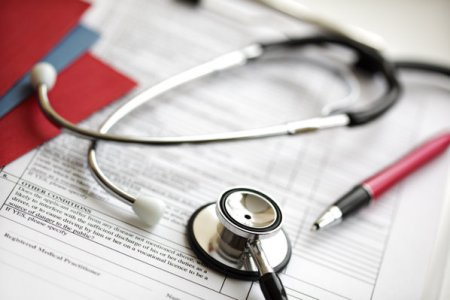 Ovidiu Cotoi, decanul Facultatii de Medicina, Universitatea de Medicina si Farmacie Targu Mures: Este un paradox, universitatile de medicina performeaza iar sistemul sanitar de stat bate pasul pe loc
