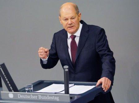 Dupa 16 ani de guvernare, era Angela Merkel apune. Cine este <span style='background:#EDF514'>OLAF</span> Scholz, social democratul care ar putea deveni noul cancelar al Germaniei, si care a reusit sa reinvie partidul istoric SPD
