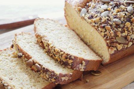 Cum faci paine keto, cu putin carbohidrati. Cele mai simple retete