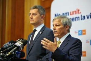 """Razboiul din USR-PLUS: Reactia lui Ciolos dupa ce Barna l-a numit """"om al sistemului"""""""