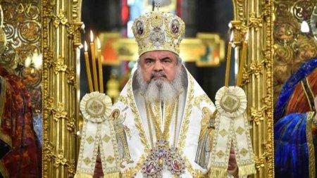 Patriarhul <span style='background:#EDF514'>DANI</span>el, mesaj la inceput de an universitar: Tinerii sunt binecuvantarea lui Dumnezeu pentru familie, Biserica si societate