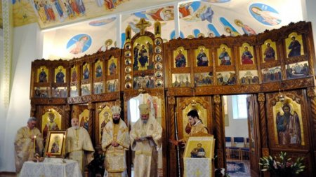 Arhiepiscopul Sucevei si Radautilor, IPS Calinic, a fost confirmat cu COVID-19. Primul anunt oficial