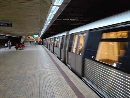 Incident la metrou: Un tren s-a defectat in statia de metrou Grivita