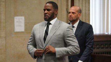 R. Kelly, gasit vinovat de trafic de persoane. Cantaretul risca zeci de ani de inchisoare