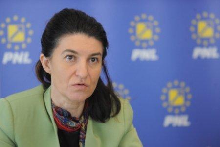 Violeta Alexandru, sustinatoarea lui Orban, despre ceremonia cu PNRR: Eu as fi fost mai modesta