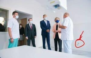 "Glumele despre priza desprinsa din salonul de spital vizitat de Ursula von der Leyen: ""E prevazuta in PNRR"