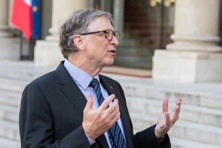Bill Gates loveste puternic in <span style='background:#EDF514'>ELON MUSK</span> si Jeff Bezos: Avem multe de facut pe Pamant