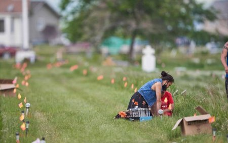 Biserica Catolica va plati 30 de milioane de dolari canadieni supravietuitorilor scolilor sale unde au murit 4.000 de copii