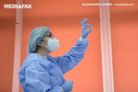 Doza a treia in Romania. Aproape 12.000 de persoane s-au programat pentru vaccinul anti-COVID