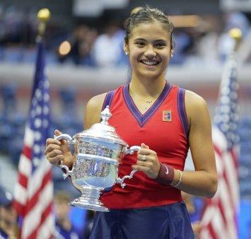 Echipamentul Emmei Raducanu de la US Open va fi expus in Tennis Hall of Fame