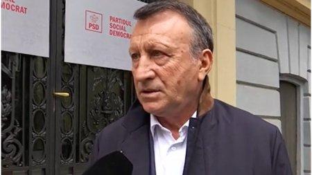 Paul Stanescu: Social-democratii vor depune marti motiune de cenzura, indiferent de decizia Curtii Constitutionale