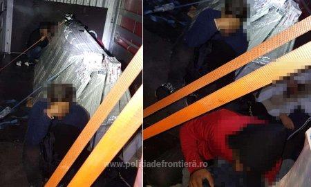 Un TIR cu 14 migranti ascunsi printre piese auto, descoperit la frontiera. Șoferul turc este cercetat penal