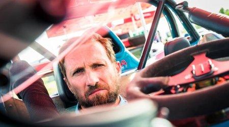 Dani Otil, schimb de replici cu un sofer in trafic.