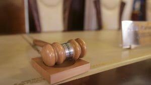 CCR admite sesizarea Guvernului in conflictul cu Parlamentul. Motiunea USR-PLUS merge insa mai departe