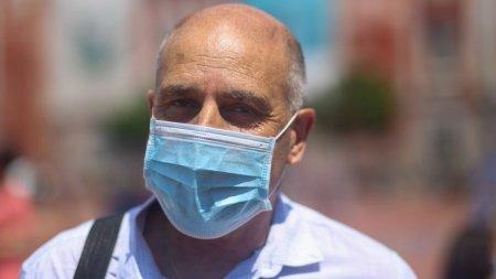 Avertismentul ingri<span style='background:#EDF514'>JORA</span>tor transmis de dr. Virgil Musta: Suntem in al 12-lea ceas! Medicul ne spune cum sa ne protejam de tulpina Delta