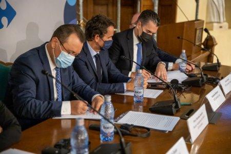 <span style='background:#EDF514'>CARREFOUR</span> Romania a facut un parteneriat cu ASE pentru a pregati viitori manageri si directori