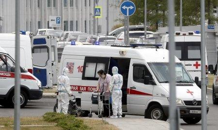 Numar fara precedent de decese asociate COVID-19 in Rusia