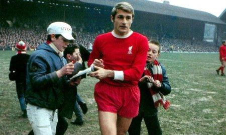 A murit Roger Hunt, unul dintre cei mai mari atacanti din istorie si legenda a echipei Liverpool. A castigat Cupa Mondiala, cu Anglia (Video)