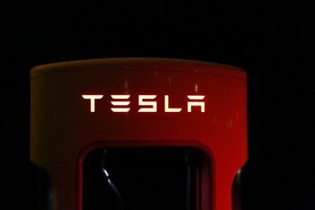 Care este viitorul lui <span style='background:#EDF514'>ELON MUSK</span> in China? Razboiul Rece dintre Tesla si Partidul Comunist