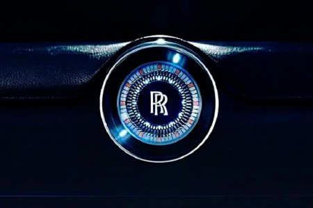 Rolls-Royce va ajunge sa produca numai automobile electrice pana in 2030