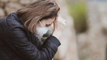 Pandemia are efecte dramatice asupra psihicului: Cu 60% mai multe cazuri de anxietate la Iasi. Creste alarmant dependenta de droguri si abuzul de alcool