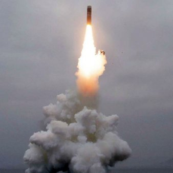 Coreea de Nord anunta ca a testat o racheta hipersonica