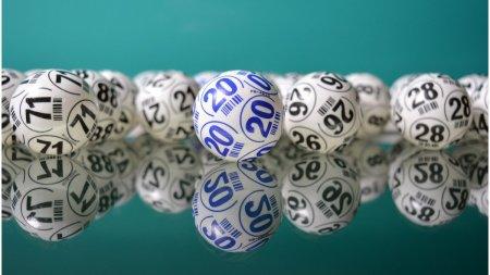 Duminica, prima extragere la Loteria de Vaccinare. Premii in valoare de 15 milioane de lei. Ce trebuie sa stii daca vrei sa participi