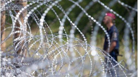 Doi traficanti romani de migranti au fost <span style='background:#EDF514'>ARESTATI</span> in Ungaria