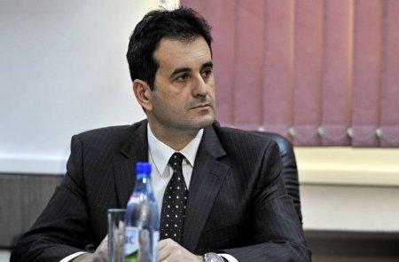 Dragos Banescu, trecut prin cinci ministere si 17 Consilii de Administratie, numit secretar general adjunct la Justitie