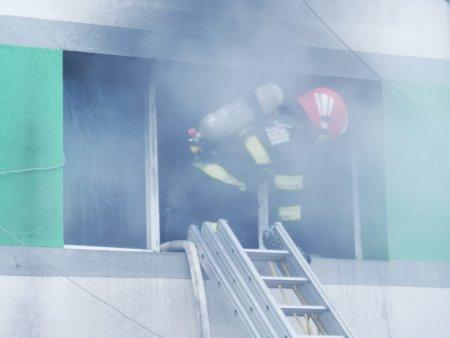 Incendiu la sectia ATI a Spitalului de boli infectioase din Constanta: Pacientii sunt evacuati