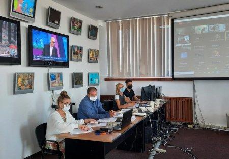 CNA a suspendat emisia Antenei 1 timp de 10 minute. Sanctiunea, pentru reflectare defectuoasa a cazului gemenilor din Ploiesti