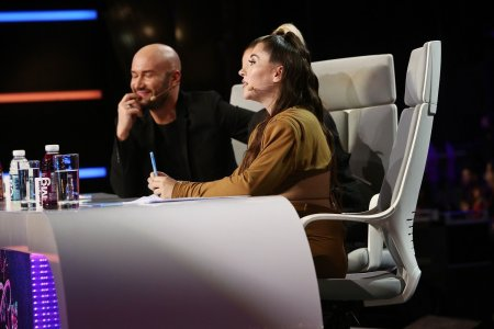 Reactia lui Mihai Bendeac cand a vazut-o pe Nicole Cherry cu burtica de <span style='background:#EDF514'>GRAVIDA</span>: Iti dai seama cat de batran esti