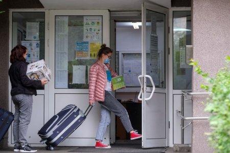 Ministrul Educatiei: Studentii vaccinati anti-COVID-19 vor avea prioritate la cazare in <span style='background:#EDF514'>CAMINE</span>