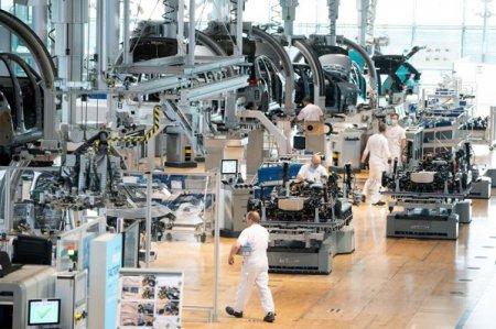 Fabricile din Europa trag un semnal de alarma. Problemele din lanturile de aprovizionare continua si imping preturile in sus, iar situatia s-ar putea mentine in 2022