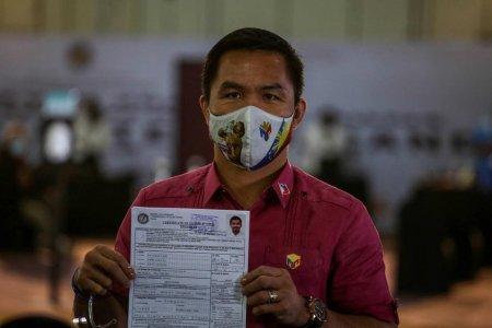 Pugilistul Manny Pacquiao si-a depus oficial candidatura la functia de presedinte al Filipinelor