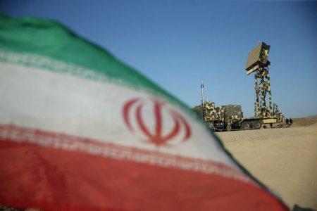 Iranul efectueaza exercitii militare in apropierea <span style='background:#EDF514'>FRONTIERE</span>i cu Azerbaidjanul