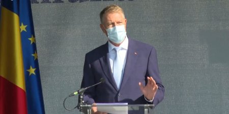 Klaus Iohannis a cerut un moment de reculegere pentru victimele incendiului de la Constanta, la ceremonia din Germania