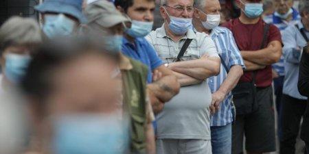 Ce pune guvernul la bataie: Premiile de la tom<span style='background:#EDF514'>BOLA</span> vaccinarii din Bulgaria