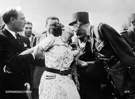 Premiera: Fotografii din arhiva Agentiei France-Presse, la licitatie