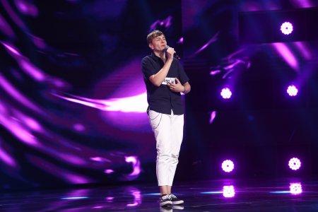 X Factor 2021, 1 octombrie. Catalin Andrei Budea a facut show in preselectii cu piesa Amnesia, din repertoriul lui Roxen