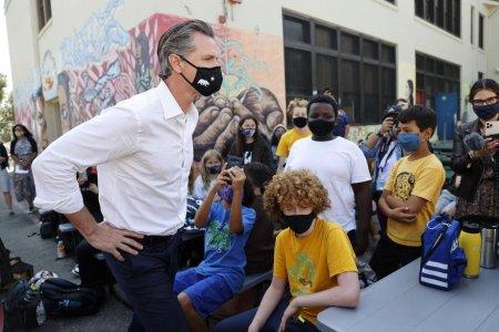 Vaccinul anti-Covid va deveni obligatoriu pentru toti elevii din California